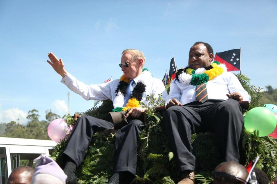 Foreign Minister Bob Carr with PNG Foreign Minister Rimbink Pato on December 5, 2012 (Photo: Michael Wightman)