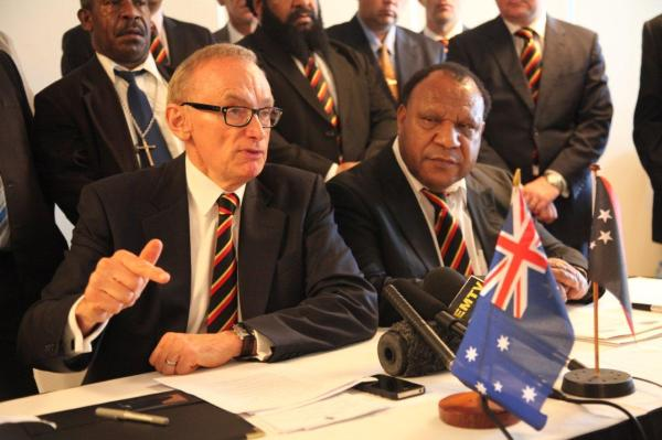 Foreign Minister Bob Carr with PNG Foreign Minister Rimbink Pato at the 21st PNG-Australia Ministerial Forum in Port Moresby on December 6, 2012 (Photo: Michael Wightman)