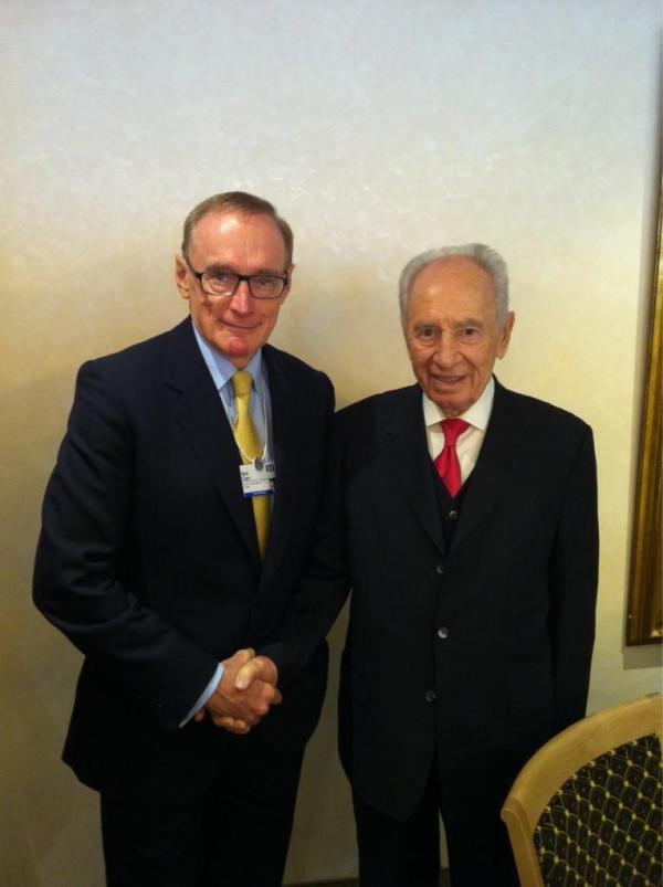 Foreign Minister Bob Carr with Israeli President Shimon Peres on January 26, 2013