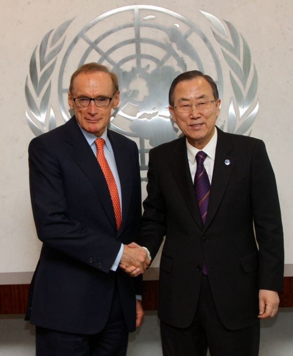 Foreign Minister Bob Carr with UN Secretary-General Ban Ki-moon on March 20, 2013 (Photo: Trevor Collens)