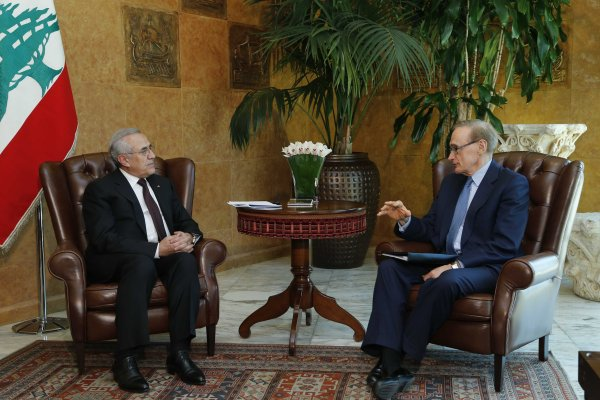 Foreign Minister Bob Carr meeting with Lebanese President Michel Sleiman in Lebanon on May 22, 2013 (Photo: Dalati & Nohra)